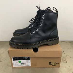Dr. Martens Awley Black Leather 8 Eye Boots